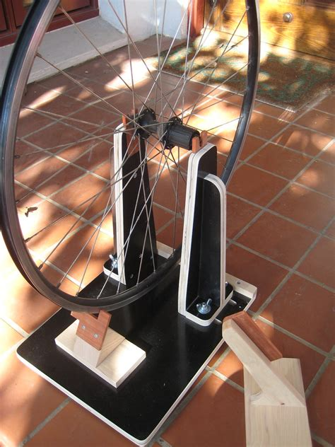 wheel truing stand   This is my latest diy bike project: a