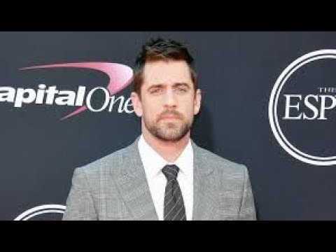 New Date Alert!! Aaron Rodgers Went Out On A Date With