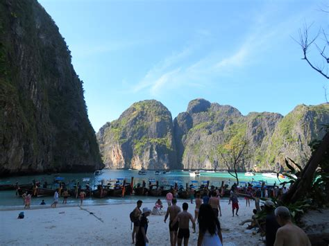 Ko Phi Phi: For Partying, NOT Paradise - Adventure Lies in