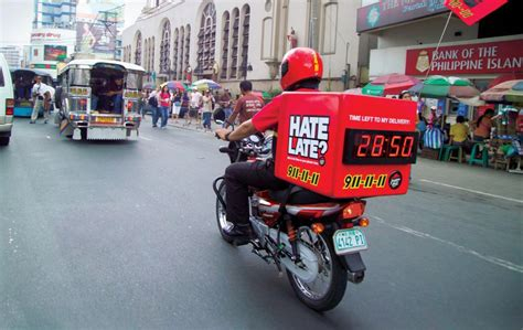 Pizza Hut Delivery Bikes Come Standard With A Countdown