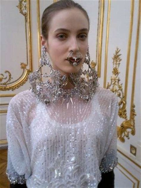 Fierce Facial Jewelry Shots : Givenchy Spring 2012 Couture