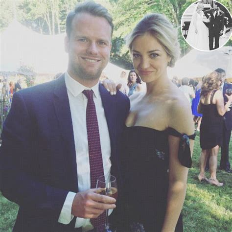 Beautiful Actress Abby Elliott's Married? Who is Her