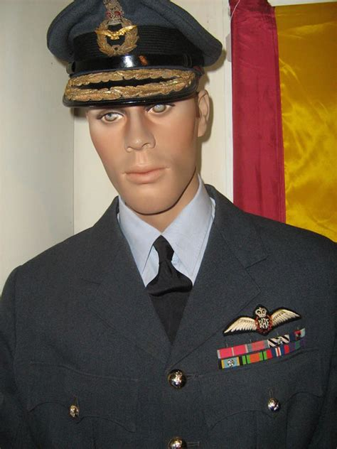 AN AIR COMMODORE'S UNIFORM – Tangmere Museum