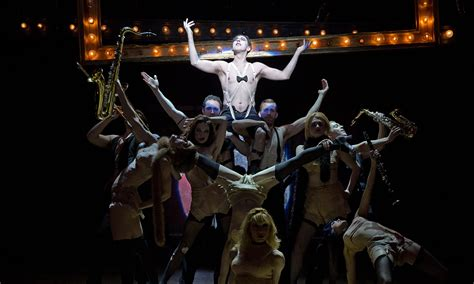 Cabaret review – Alan Cumming is saucy and menacing in a
