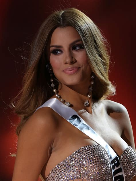 Sizzling hot contestants strut their stuff for Miss