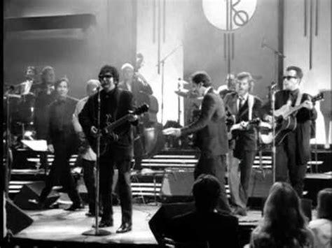 Roy Orbison - Oh, Pretty Woman (from Black & White Night